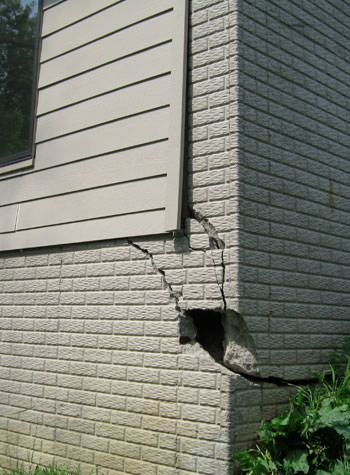 severe cracking of structural walls in Ashland