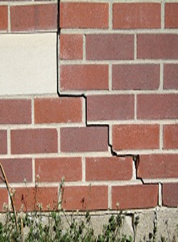 photo of a rotating foundation wall with cracks in Gilbert